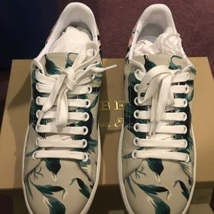 Sneakers burberry size 7